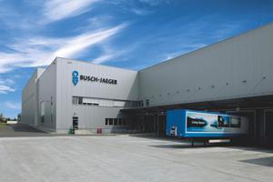 """<div class=""""bildtitel"""">Firmengebäude von Busch-Jaeger</div>"""