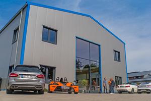 """<div class=""""bildtitel"""">Der Neubau der Unternehmensgruppe24-7 in Wedel bei Hamburg</div>"""