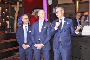 Die drei MTF Samsung-Geschäftsführer Guido, Uwe und Jörg Schlätker bei der Begrüßung der Gäste zur Abendveranstaltung