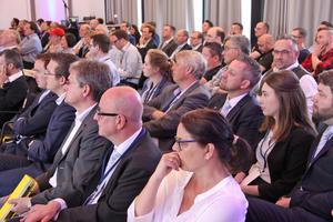 """<div class=""""bildtitel"""">Teilnehmer der 4. Leading Air Convention von Daikin in Norderstedt</div>"""