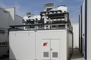 """<div class=""""bildtitel"""">Kondensatoren und Freikühler finden auf dem Containerdach Platz.</div>"""