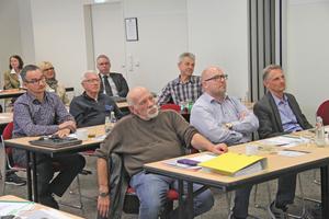 """<div class=""""bildtitel"""">ÜWG-Mitgliederversammlung in Bonn</div>"""
