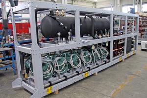 """<div class=""""bildtitel"""">CO<sub>2</sub>-Kälteanlage in der Produktion bei SCM Frigo</div>"""