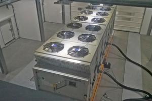 """<div class=""""bildtitel"""">Blick in die Testkammer des neuen MEHITS-Testcenters </div>"""