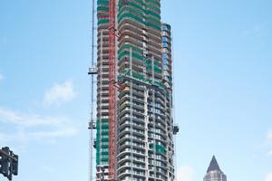 """<div class=""""bildtitel"""">Der Grand Tower ist ein im Bau befindliches Hochhaus im Europaviertel in Frankfurt am Main. </div>"""