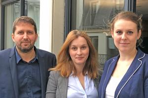 """<div class=""""bildtitel"""">Das Team von Eurovent Market Intelligence (EMI) mit (v.l.n.r.) Yannick Cotrelle, Inna Collet und Anaïs Hamon stellte sich den Fragen der Redaktion</div>"""