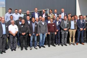 """<div class=""""bildtitel"""">Teilnehmer der Quo vadis-Veranstaltung von Bitzer in Rottenburg</div>"""