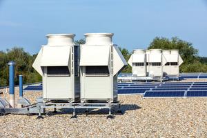 """<div class=""""bildtitel"""">Für die komfortable, energieeffiziente Klimatisierung sorgen zwei unterschiedliche VRF-Wärmepumpensysteme von Mitsubishi Electric.</div>"""