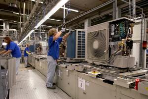 Im Daikin-Werk in Ostende wurde die Arbeitssituation innerhalb von zwei Tagen auf die notwendigen Sicherheitsvorkehrungen angepasst.