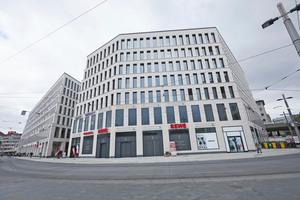 """<div class=""""bildtitel"""">Die beiden Geschäftshäuser des Projektes """"City Gate Bremen"""" am Bahnhofsplatz der Hansestadt</div>"""
