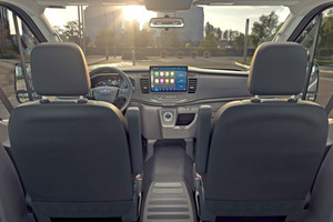 """<div class=""""bildtitel"""">Das serienmäßige """"FordPass Connect""""-Modem vernetzt den E-Transit und unterstützt Gewerbetreibende bei der Verwaltung und Effizienzsteigerung ihrer Fuhrparks.</div>"""