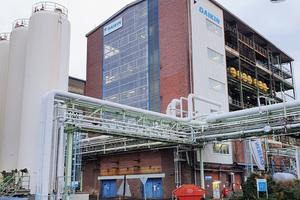 """<div class=""""bildtitel"""">Aufbereitungsanlage von Daikin Chemical in Frankfurt</div>"""