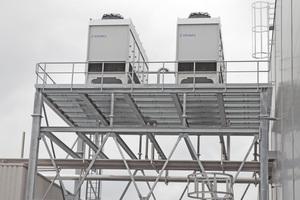 """<div class=""""bildtitel"""">Bild 4: Abhängig von den Kühlanforderungen und den lokalen Klimadaten am Einsatzort lassen sich mit dem """"VapoChill"""" Kühlleistungen von 50 bis 2.000 kW abdecken.</div>"""
