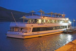 """<div class=""""bildtitel"""">Das Rheinschiff Ehrenfels wurde nachträglich mit einer Klimaanlage ausgestattet. </div>"""