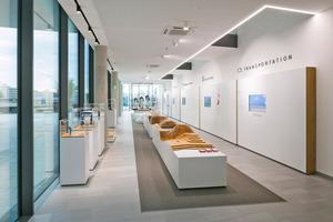 """<div class=""""bildtitel"""">Die wichtigsten Meilensteine in der Geschichte von Mitsubishi Electric und das aktuelle Produktspektrum sind in der digitalen """"Wall of fame"""" und der Ausstellung """"The World of Mitsubishi Electric"""" in der Hauptverwaltung zu sehen.</div>"""