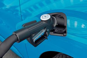 """<div class=""""bildtitel"""">In diesem Jahr kommen die ersten serienmäßigen Transporter auf den Markt, die ihre Antriebsenergie aus Wasserstoff-Brennstoffzellen gewinnen. </div>"""