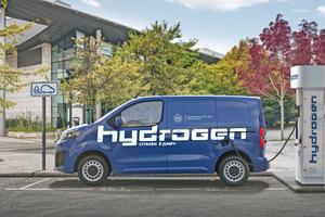 """<div class=""""bildtitel"""">Die Wasserstofftanks des """"Citroën ë-Jumpy Hydrogen"""" lassen sich in nur drei Minuten auffüllen. </div>"""