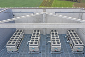 """<div class=""""bildtitel"""">Auf dem Dach der CI Factory befinden sich nicht nur die erwähnte Photovoltaikanlage, sondern auch vier speziell für eine ...</div>"""
