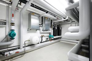 Zwei Booster-Units wurden im Fitnessstudio zur Brauchwassererwärmung zwischen Klimaanlage und Warmwasserspeicher geschaltet<br />