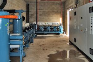"""<div class=""""bildtext"""">Die Kühlanlage besteht aus zwei Profroid-Zentralen mit je vier semihermetischen Kolbenverdichtern von Bitzer </div>"""