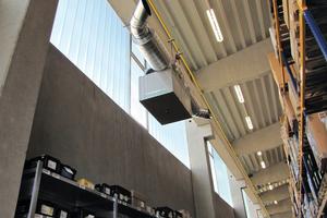 """<div class=""""bildtext"""">Große Ansaugflächen und leistungsfähige Luftfiltermedien ermöglichen bereits beim ersten Luftwechsel 95 % aller Partikel aus der Luft zu filtern.</div>"""