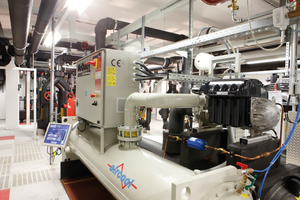 """<div class=""""bildtitel"""">""""aircool/McQuay WMC 125""""-Turboflüssigkeitskühler mit 350 kW Kälteleistung (Kaltwassertemperaturen 6/12 °C, Kühlwassertemperaturen 40/45 °C)</div>"""