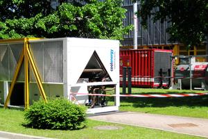 """<div class=""""bildtitel"""">Die autarke Kälteversorgung im Außenbereich des Helmholtz-Zentrums mit Kaltwassersatz und Generator</div>"""