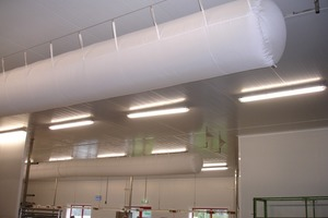 Textiler Luftkanal in der Fertigung einer Großbäckerei<br />