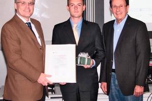 Prof. Dr.-Ing. Michael Arnemann, Preisträger Mario Hermann, Hans P. Meurer (von links)