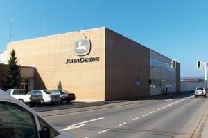 Das John Deere-Gebäude in Zweibrücken<br />