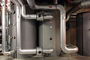 Das auf 7 °C abgekühlte Wasser wird in einen Kaltwasserspeicher mit 3000 l Inhalt zwischengespeichert<br />