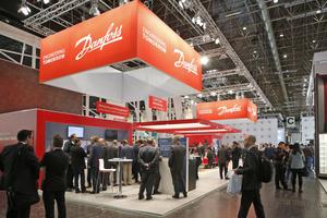 """<div class=""""bildtitel"""">Viele bekannte Unternehmen der Kältebrache (hier der Danfoss-Messestand) stellten in Düsseldorf aus.</div>"""