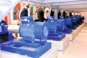 """Normpumpen der Baureihe """"Etanorm"""" versorgen die RLT-Anlagen der Messehalle 11 mit Klimakaltwasser; die Pumpen liefern dafür Volumenströme von 450 bis 880 m<sup>3</sup>/h<br />"""