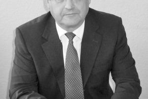 """<div class=""""99 Bildunterschrift"""">Dr.-Ing. Gerd Schaal</div>"""
