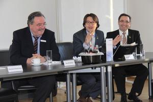 Hans-Alfred Kaut (Geschäftsführung Kaut), Enrique Vilamitjana und Andreas Gelbke (Panasonic)sind zuversichtlich, dass die neue Partnerschaft ein Erfolg wird<br />