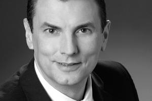 "<div class=""bildtitel"">Jörg Butke</div>"